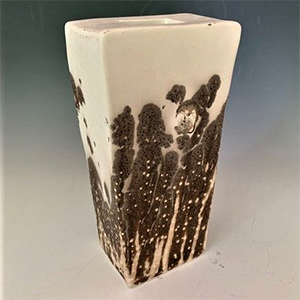lois-hirshberg-pottery-exhibit-osterville